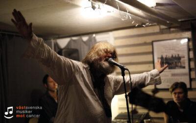 Ebbot repar inför Västsvenska Musiker Mot Cancer!